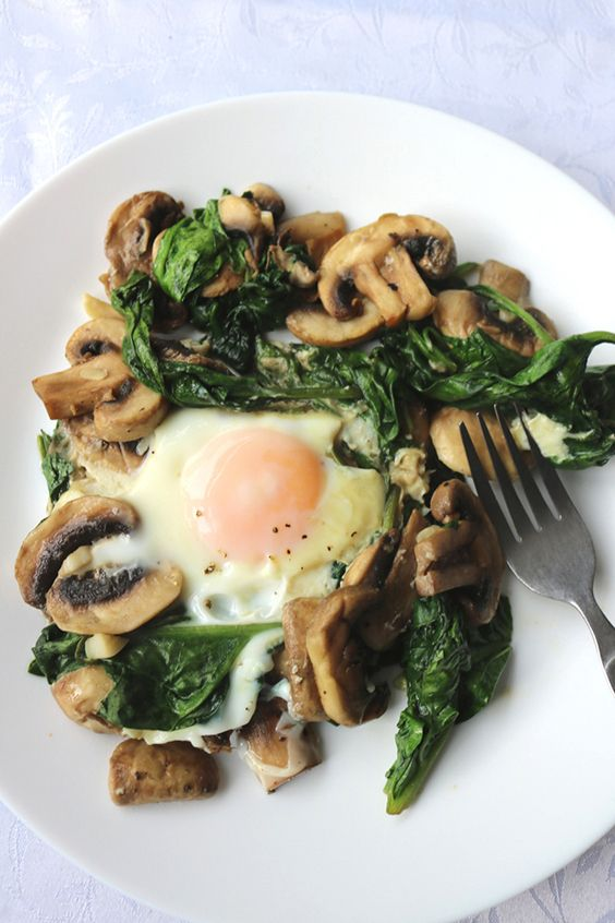 Keto eggs spinach and mushrooms breakfast recipe