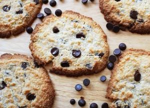 Almond Flour Keto Chocolate Chip Cookies